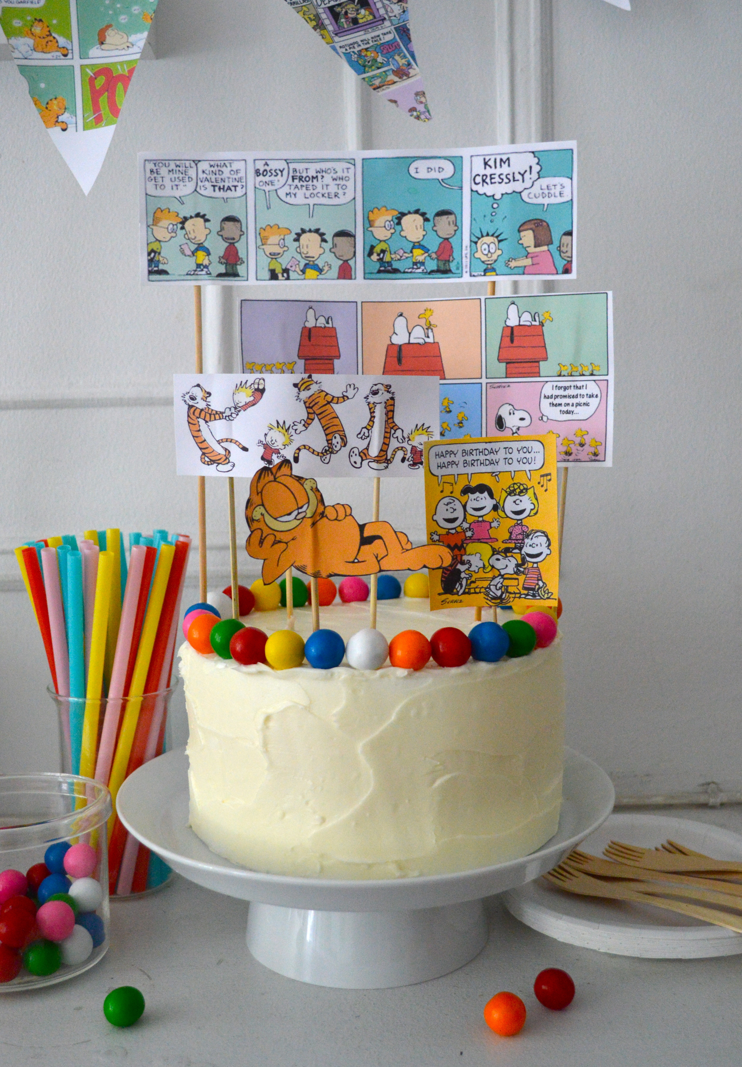 Super-Make-It-comic-birthday-cake