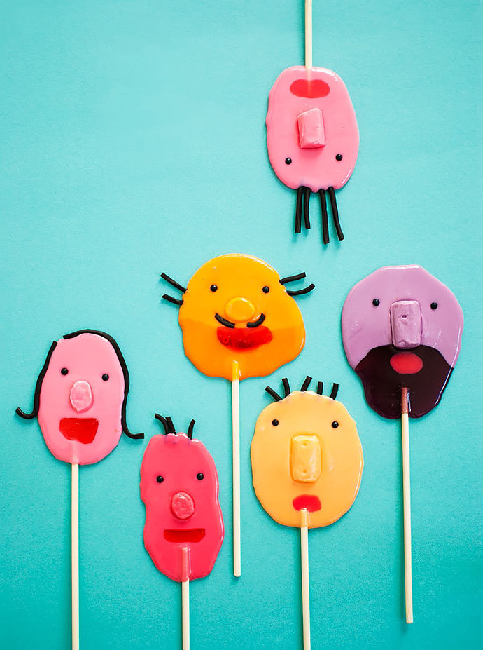 Candy-Aisle-Crafts-Funny-Face-Pops