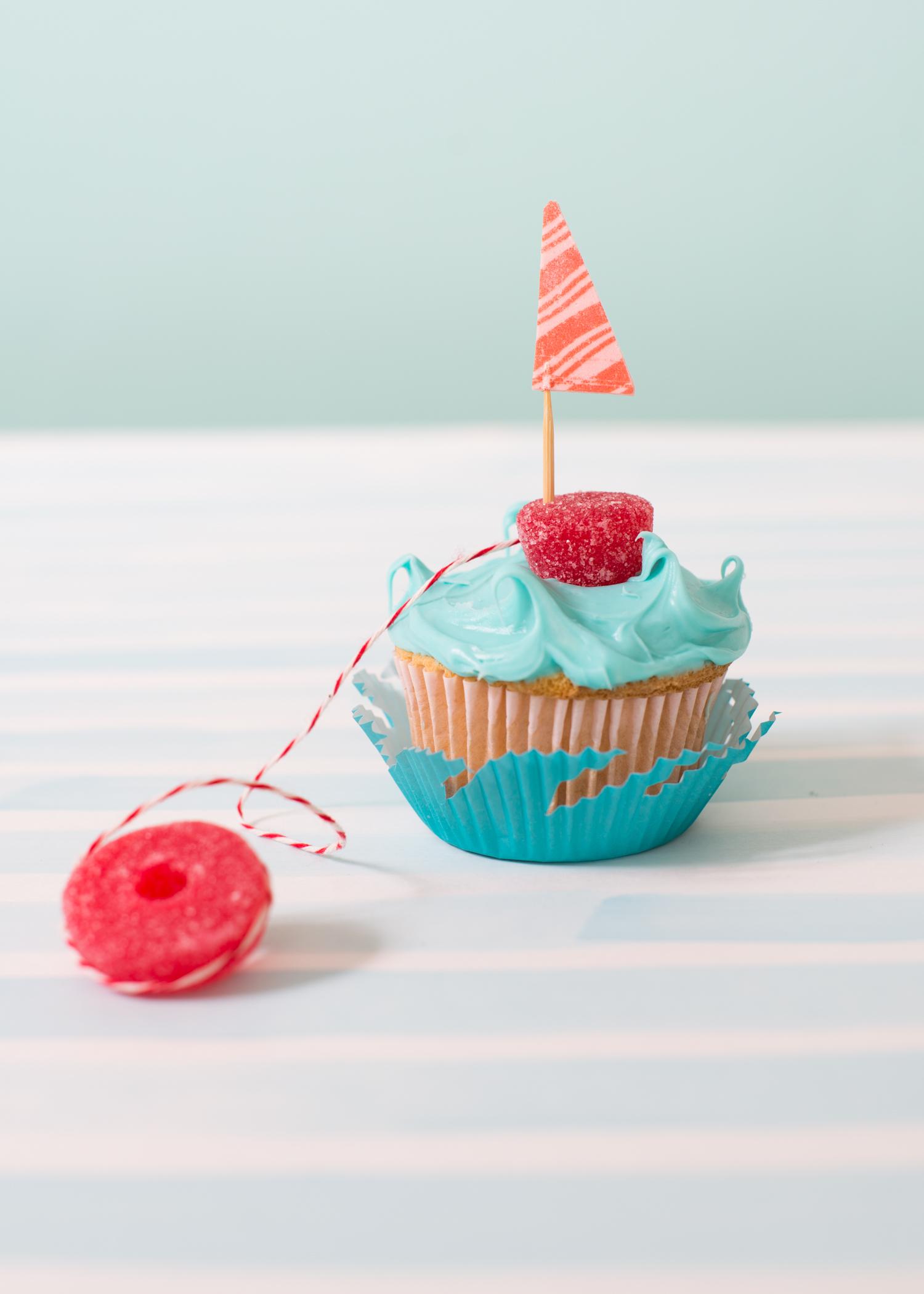 Fruit-Stripe-Gum-Boat-Super-Make-It