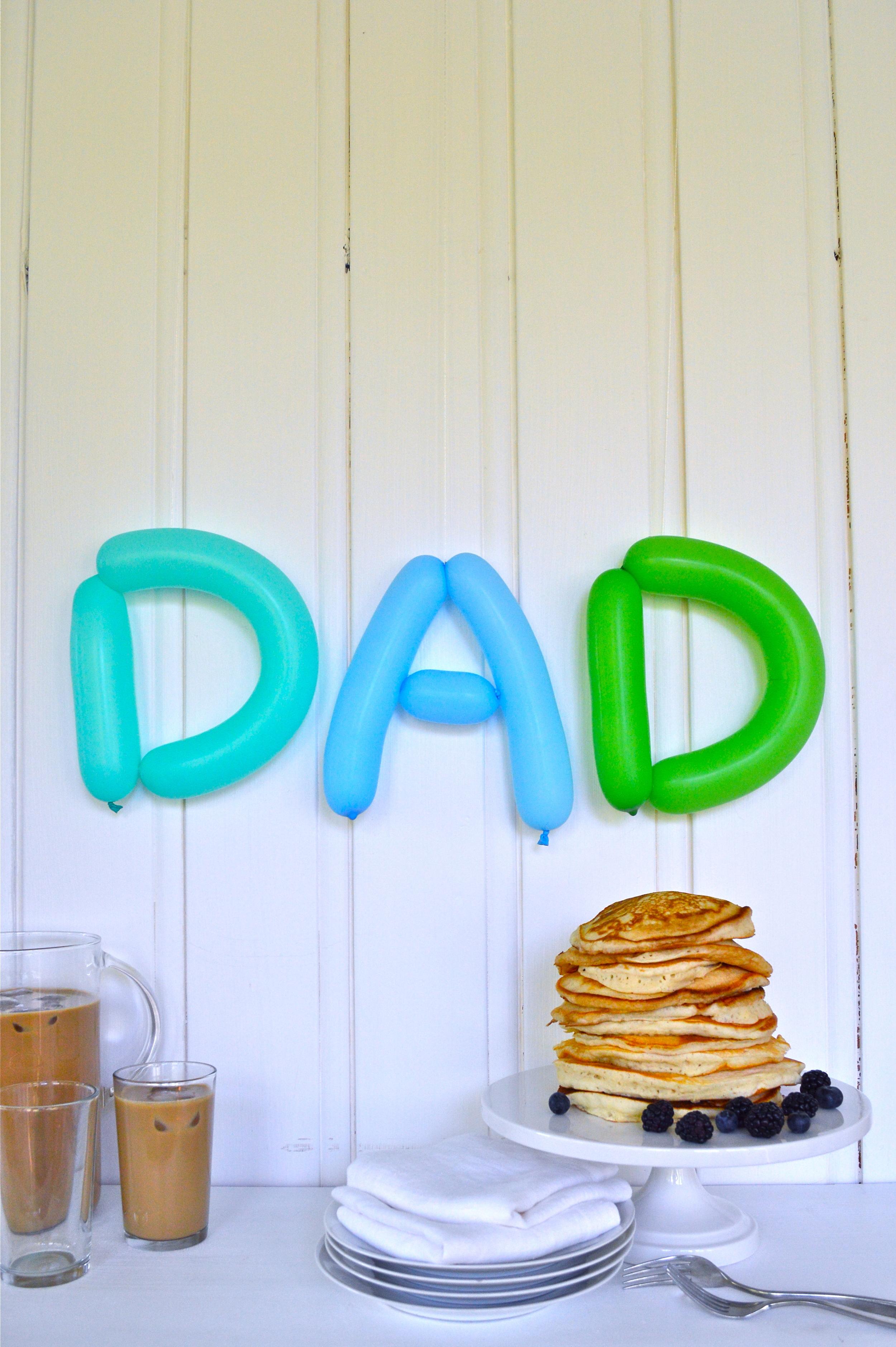 Dad-Balloon-Sign-Super-Make-It