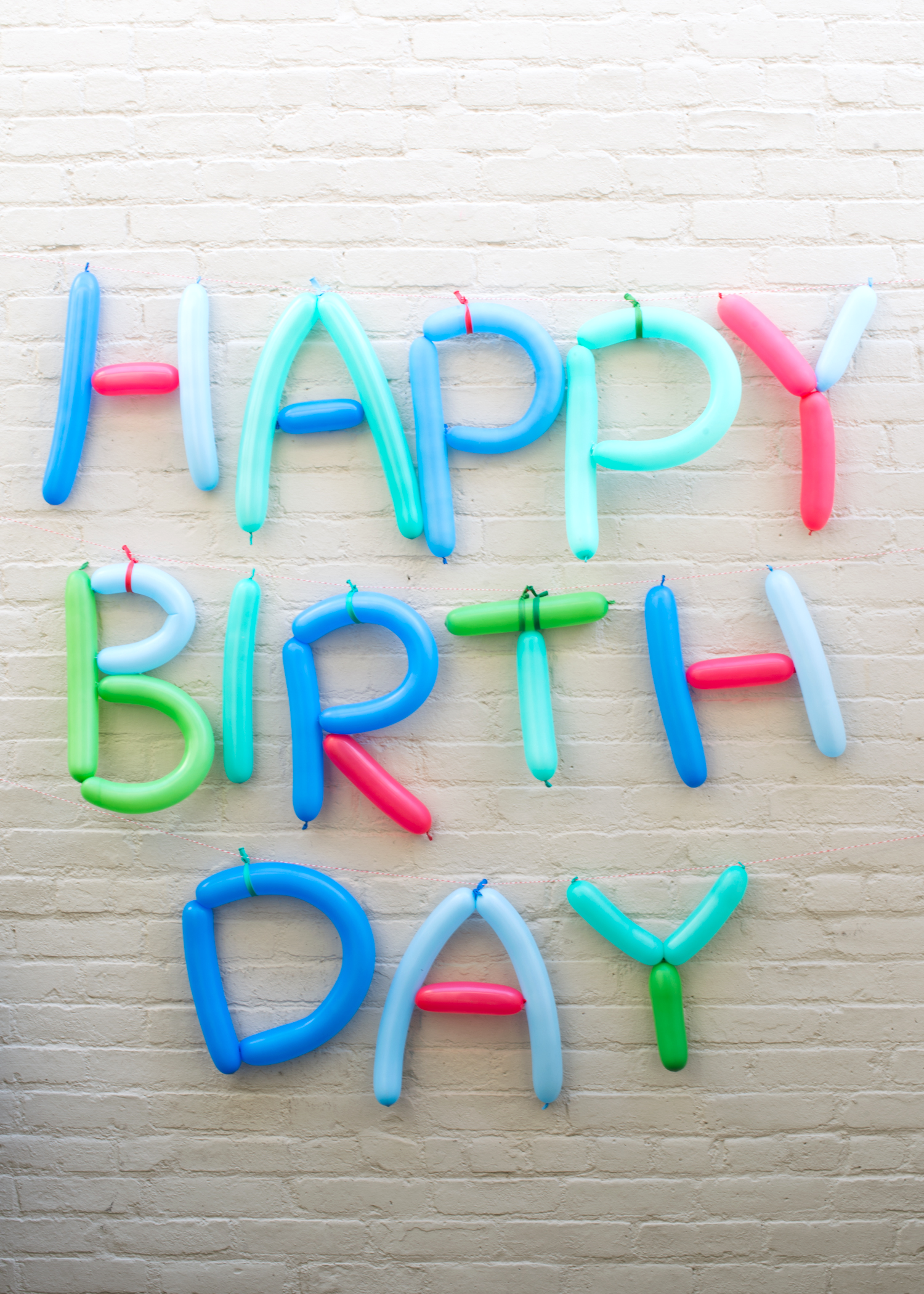 Happy-Birthday-Balloon-Sign-Super-Make-It