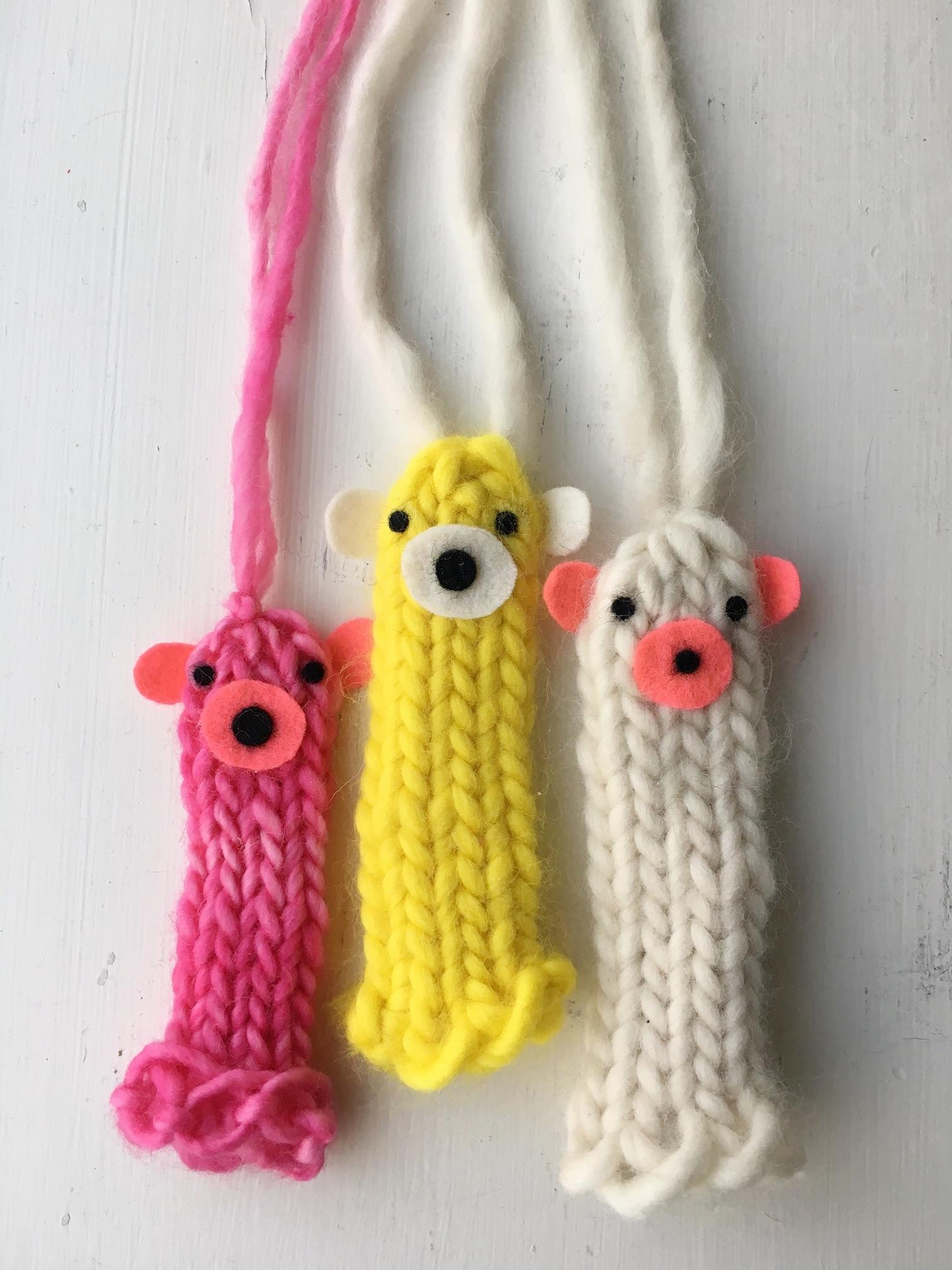 Finger-Puppet-Necklaces-Super-Make-It