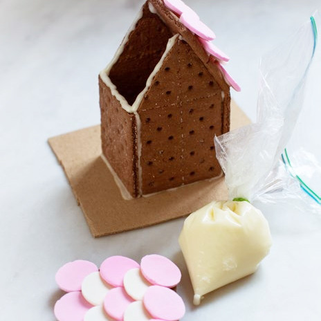 candy-aisle-cookie-house-5-0215_sq.jpg