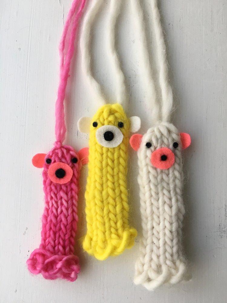 Finger-Puppet-Necklaces-Super-Make-It.jpg