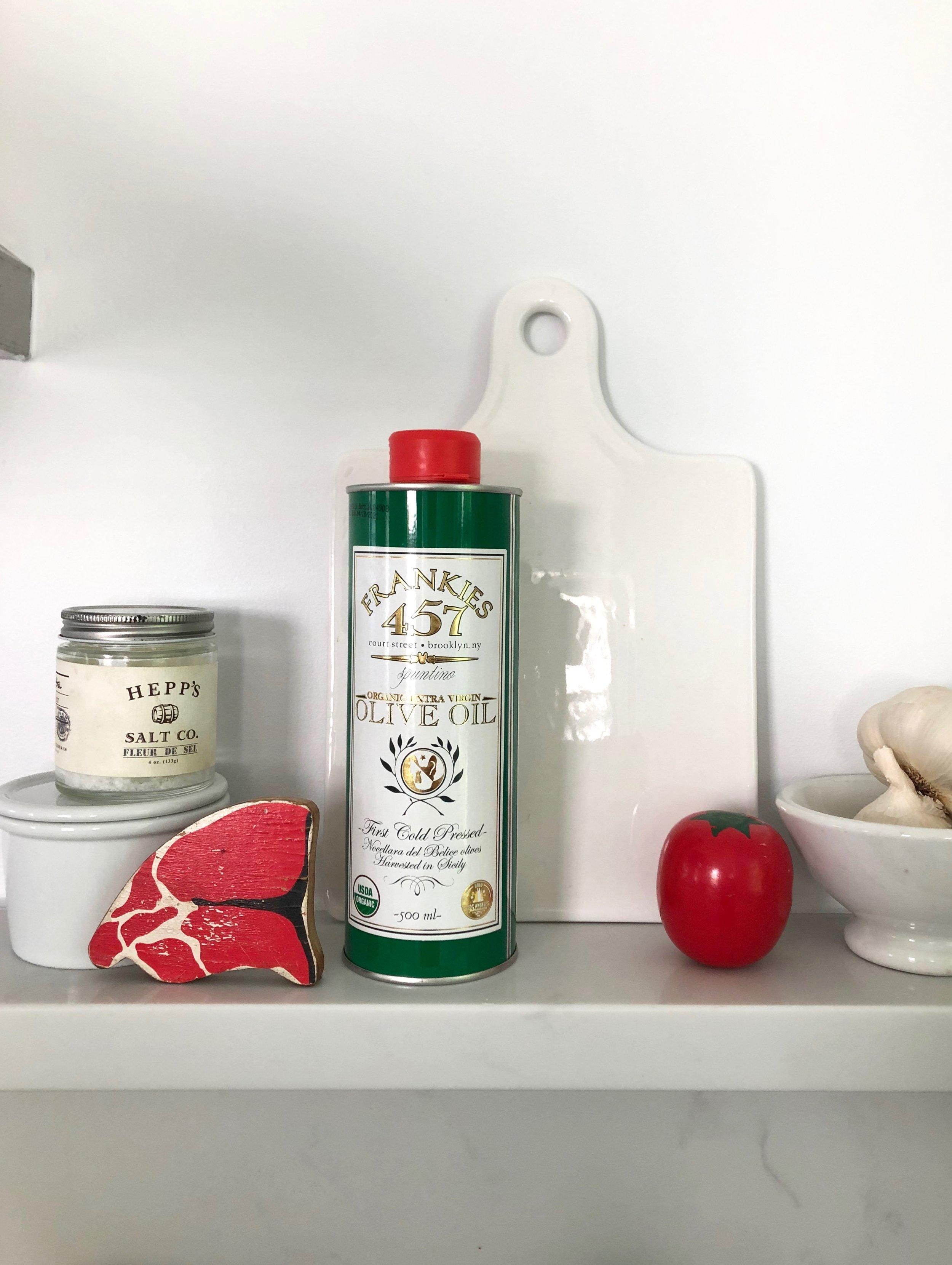 jodi-levine-kitchen-shelf-1.jpg