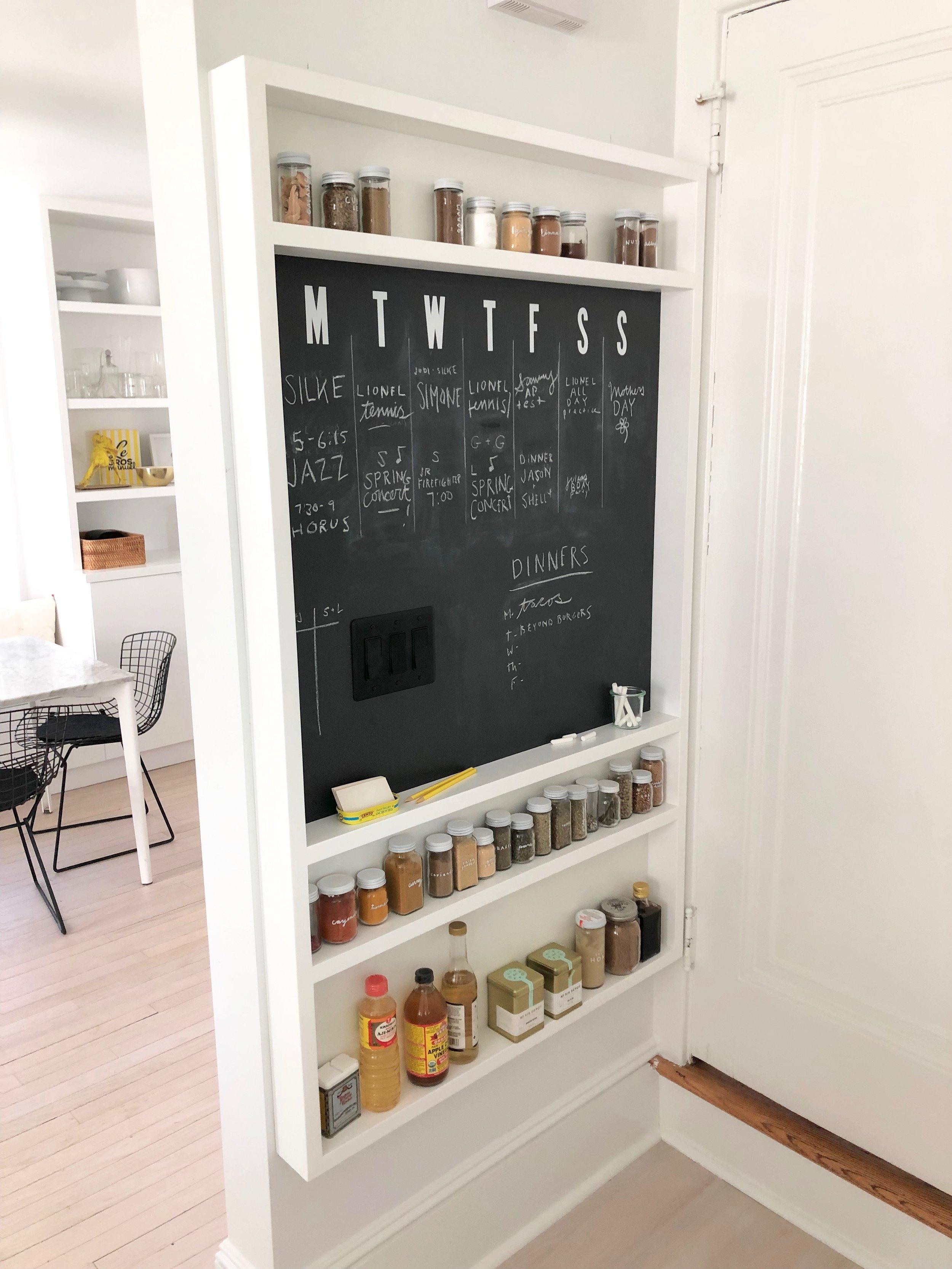 jodi-levine-kitchen-message-center.jpg