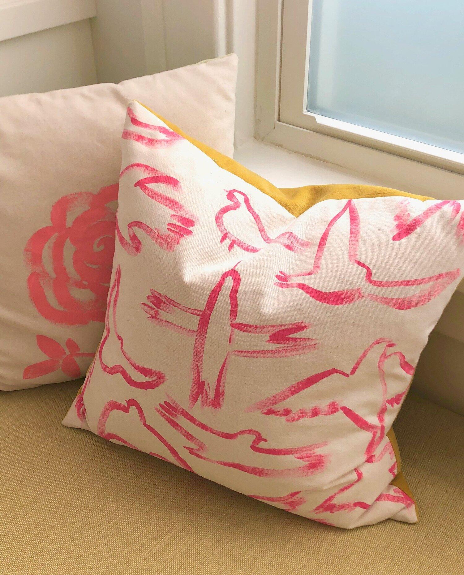 jodi-levine-kitchen-pillow