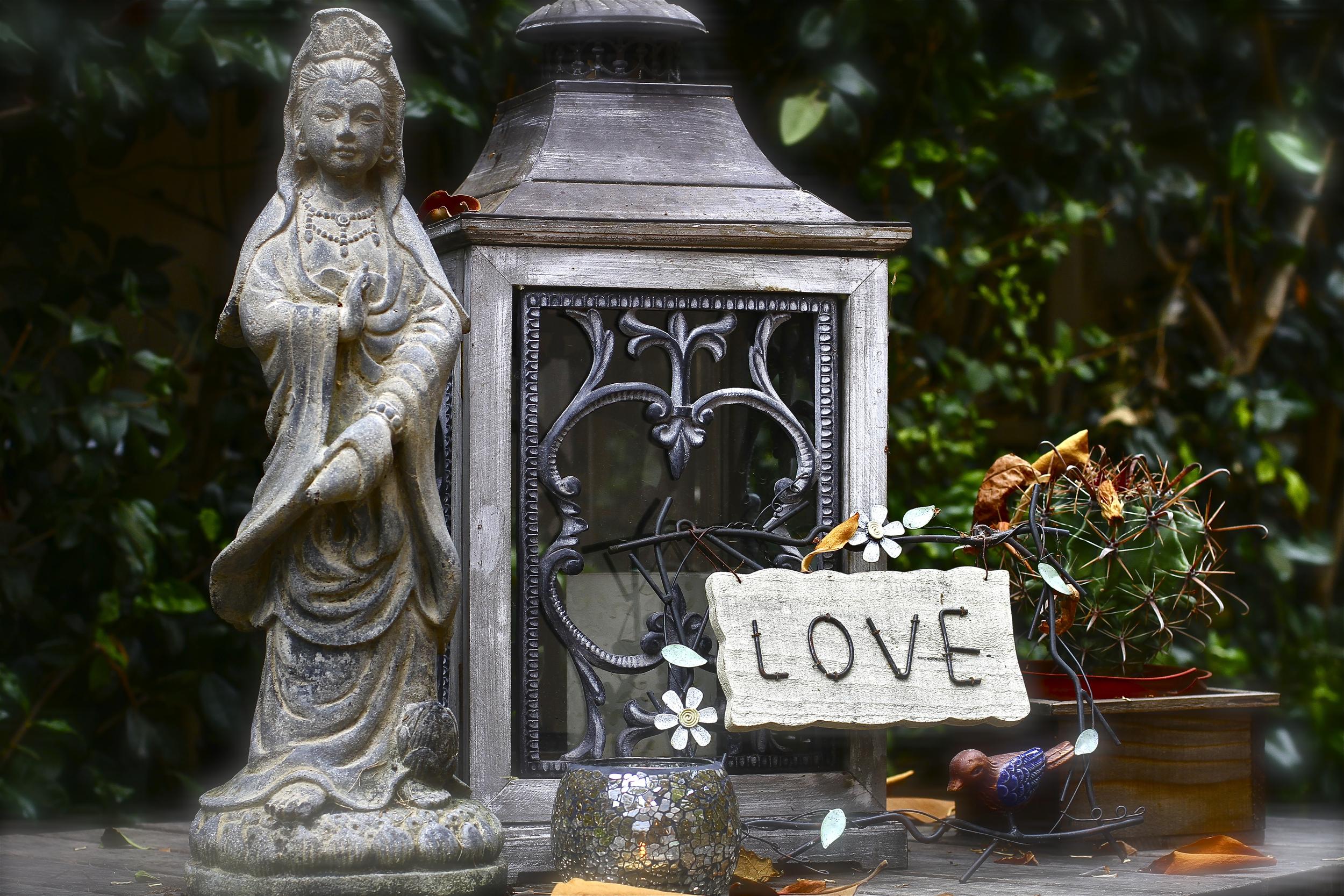 Quan Yin in the Garden | Dedicated to the memory of Amanda Marin Stratt | Summer in California | Photo by Amanda Michaels-Zech