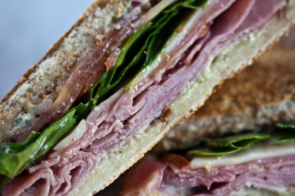 sandwich-closeup.jpg