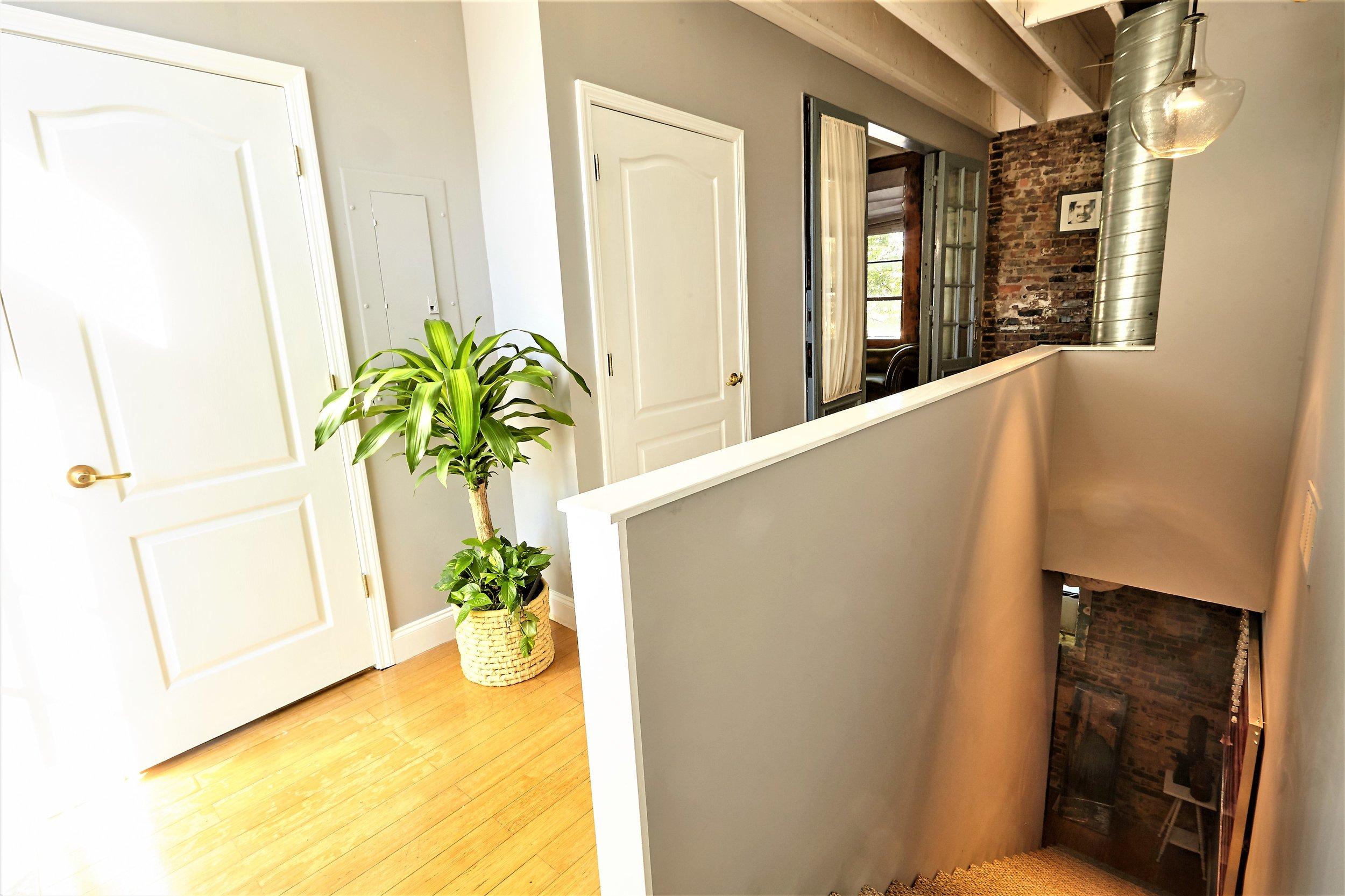 Loft2.UpstairsHallway (2).jpg