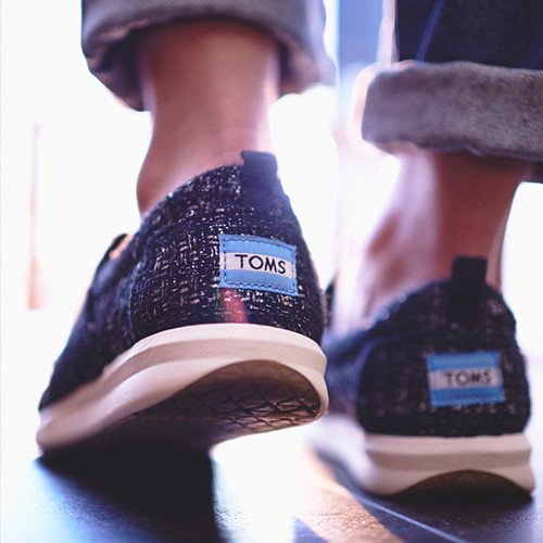 184284_toms_women_day4b.jpg