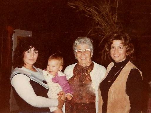 4 Generations-Laura,Katie,Lena,Frances