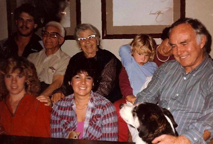 Family picture-Steve,Grandpa John,Lena,Katie,Fran,Harry,Laura,Susan