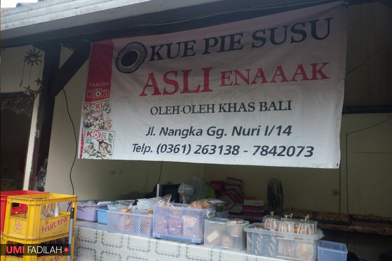 Bali (Short) Culinary Trip: Nasi Campur Made Weti & Pie Susu