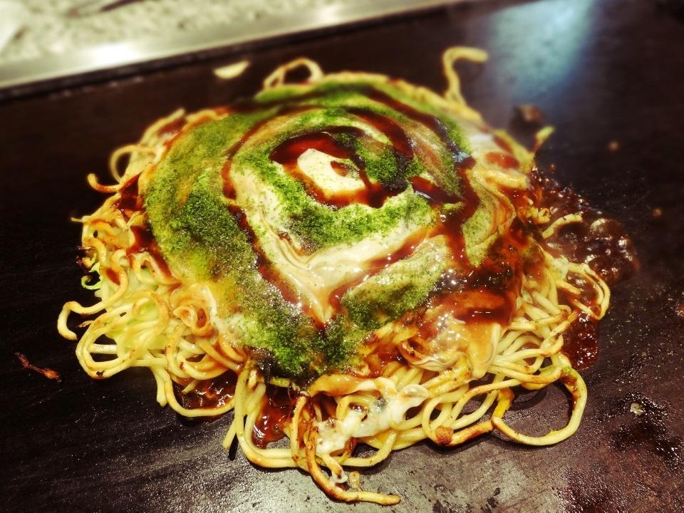 Maze-yaki, Miduno-yaki. ¥1,365. Standard mixed Okonomiyaki.