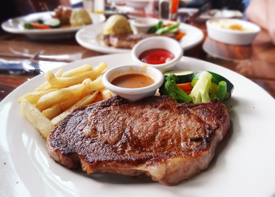 Ribeye 8 oz. Rp. 209.900 |10 oz. Rp. 239.900  One of my favorite cuts! Well-marbled, juicy and savory. Seasoned and seared with Outback's secret 17 seasoning blend and char-grilled over an open flame. BIG CUTS!