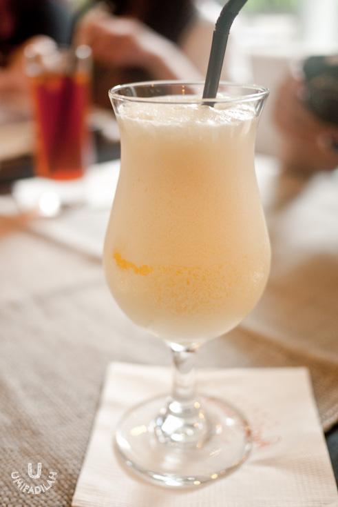 GOBERNUR SMILE (IDR 28k) . A mix of orange and milk, which leaves a bit strange after-taste. Yeah, better try other mocktails. Virgin Pina Colada, maybe?