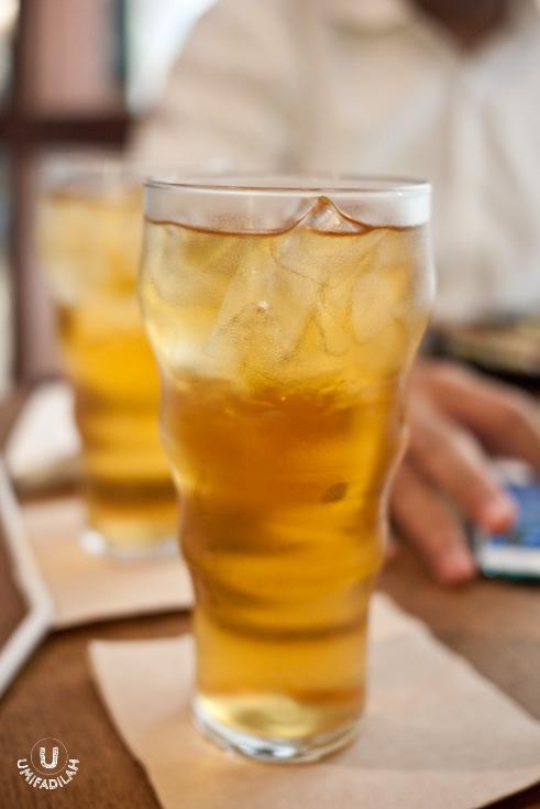 Iced Chamomile Tea (IDR 25k)