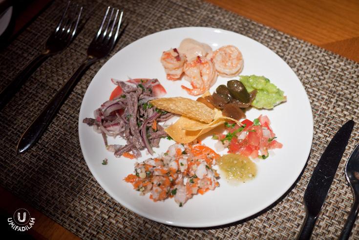 A mixed platter of Mexican Salad.