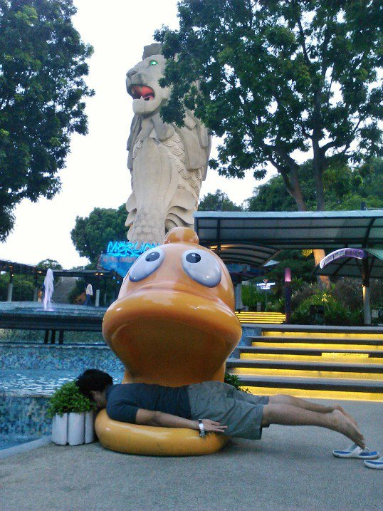 Still in Singapore, at Sentosa Merlion.