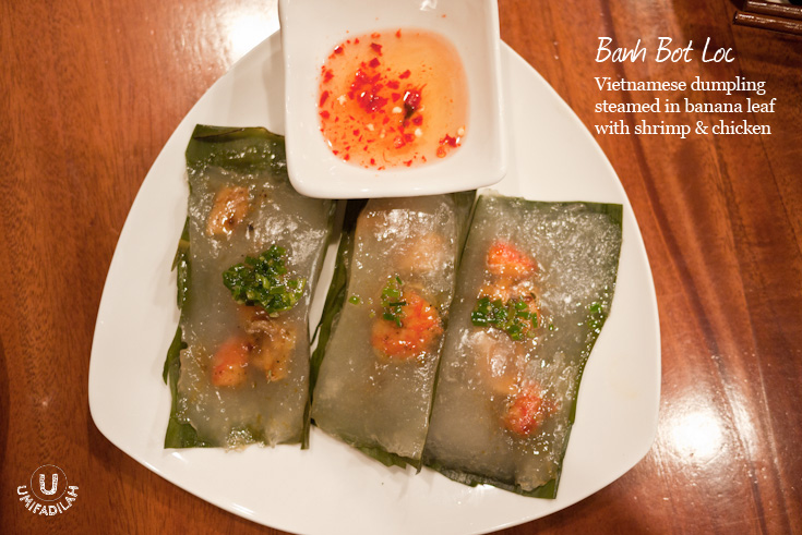 """Banh Bot Loc (IDR 26K)  has texture that is comfortably familiar with """"cilok"""", our very own Indonesian street food, thus I have no problem eating this. Please also note that the dipping sauce, is A MUST."""