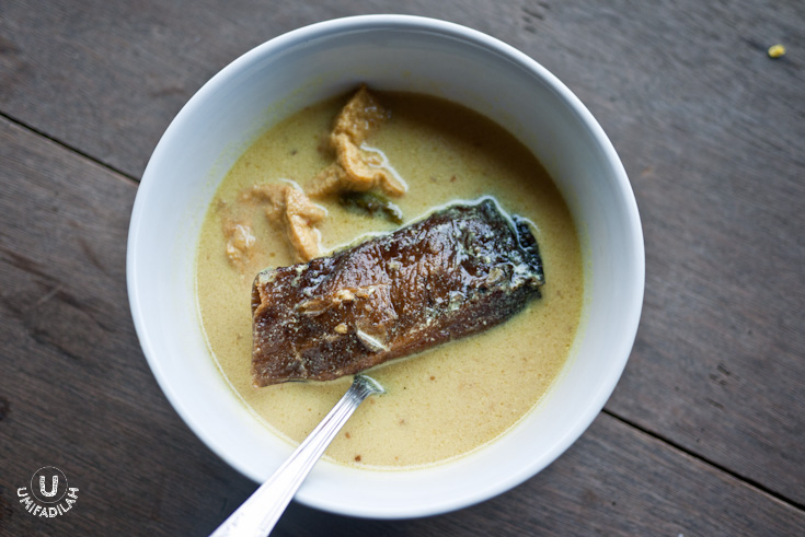 Mangut Iwak Pe at Gudeg Yu Nap, Bandung.   The BEST smoked stingray dish I have ever encountered so far.
