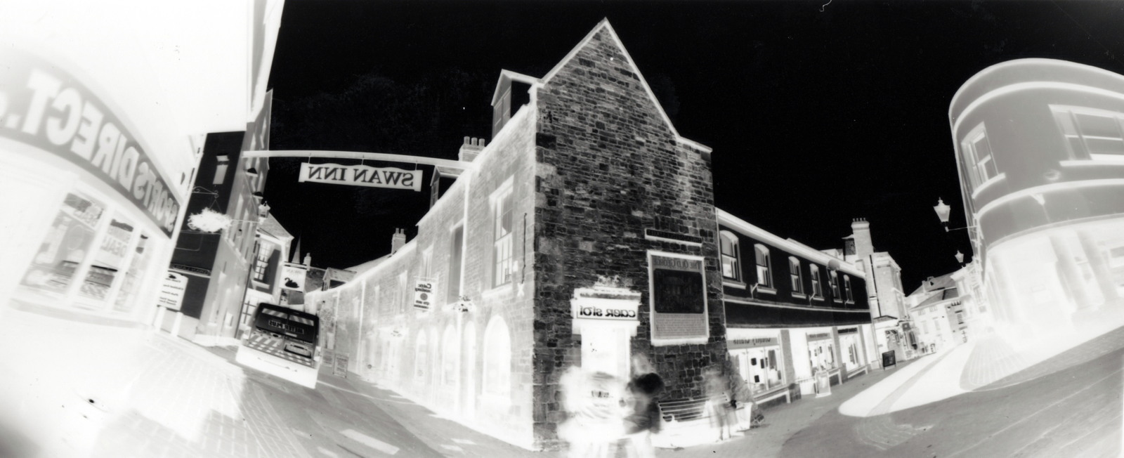 16. Lower Swan Lane