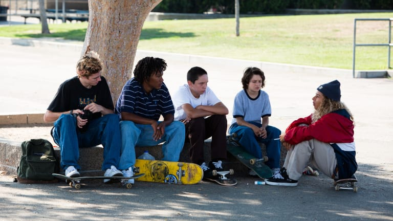 hp-jonah-hill-mid90s-movie-skater-style-outfits.jpg