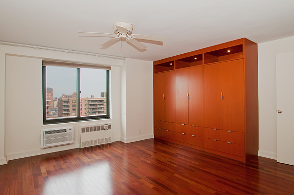 Central_Park_West_382_20-C_Bedroom_.jpg
