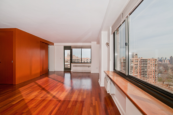 Central_Park_West_382_20-C_Living_Room_.jpg