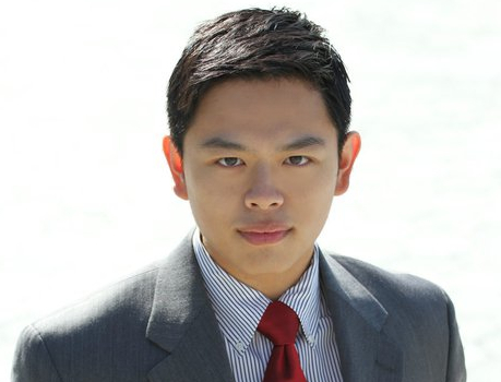 Howah Hung, Esq.  Associate Broker howah@starcities.com  M: +1(917)-476-8336 O: 917-464-5662                                                                                 F: 866-599-9704