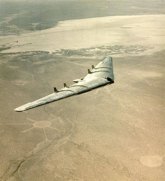The YB-49: No, not futuristic B-2-derivative concept art, but rather a photo from 1947.