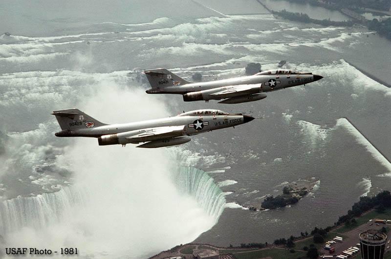 Men go over Niagara Falls (in Voodoos)