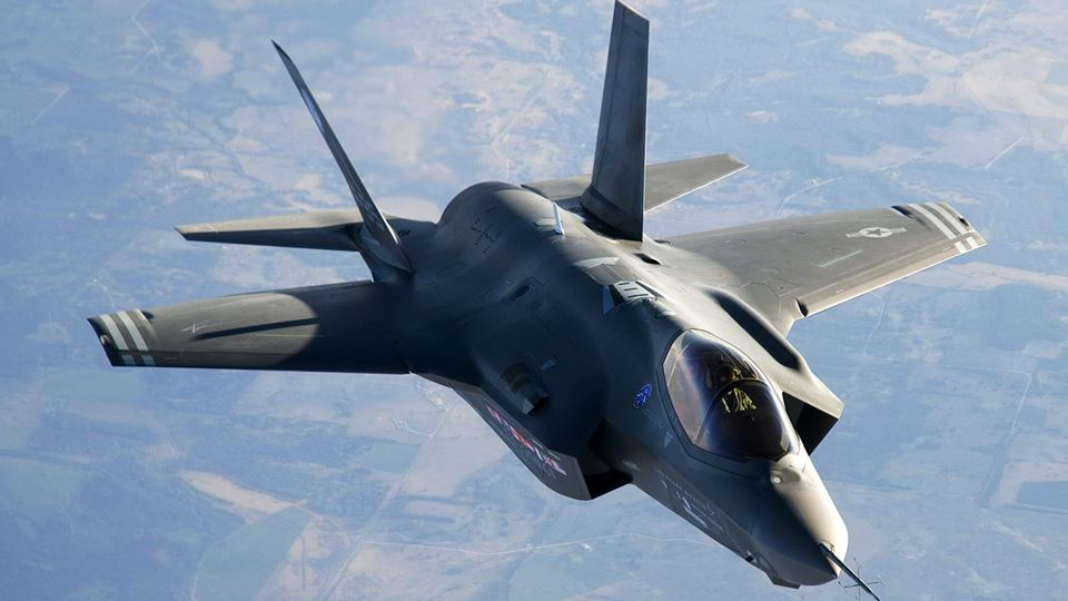 F-35 Lightning II: The last manned aircraft?