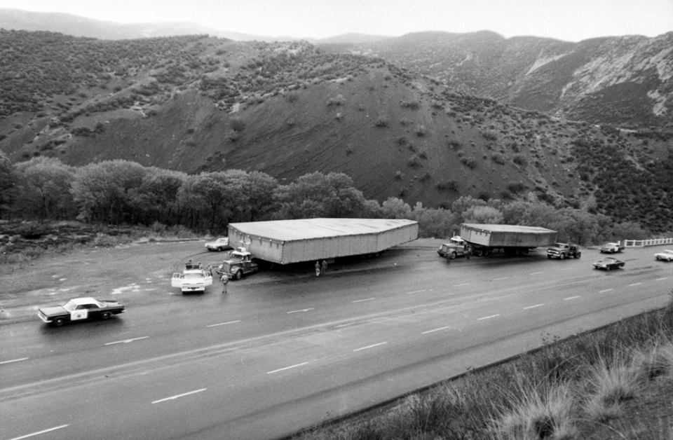 In 1962, CIA trucks towed these giant coffin-like boxes to and from the Groom Area 51. They contained Blackbirds.