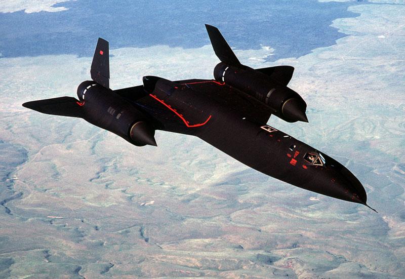fastest-airplane-ever-lockheed-sr-71-blackbird-1.jpg