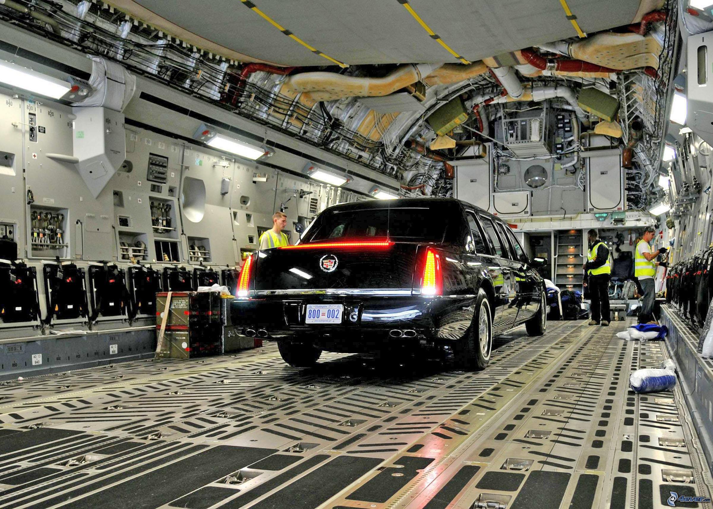 limousine, boeing c-17 globemaster iii, interior, usaf 151188.jpg