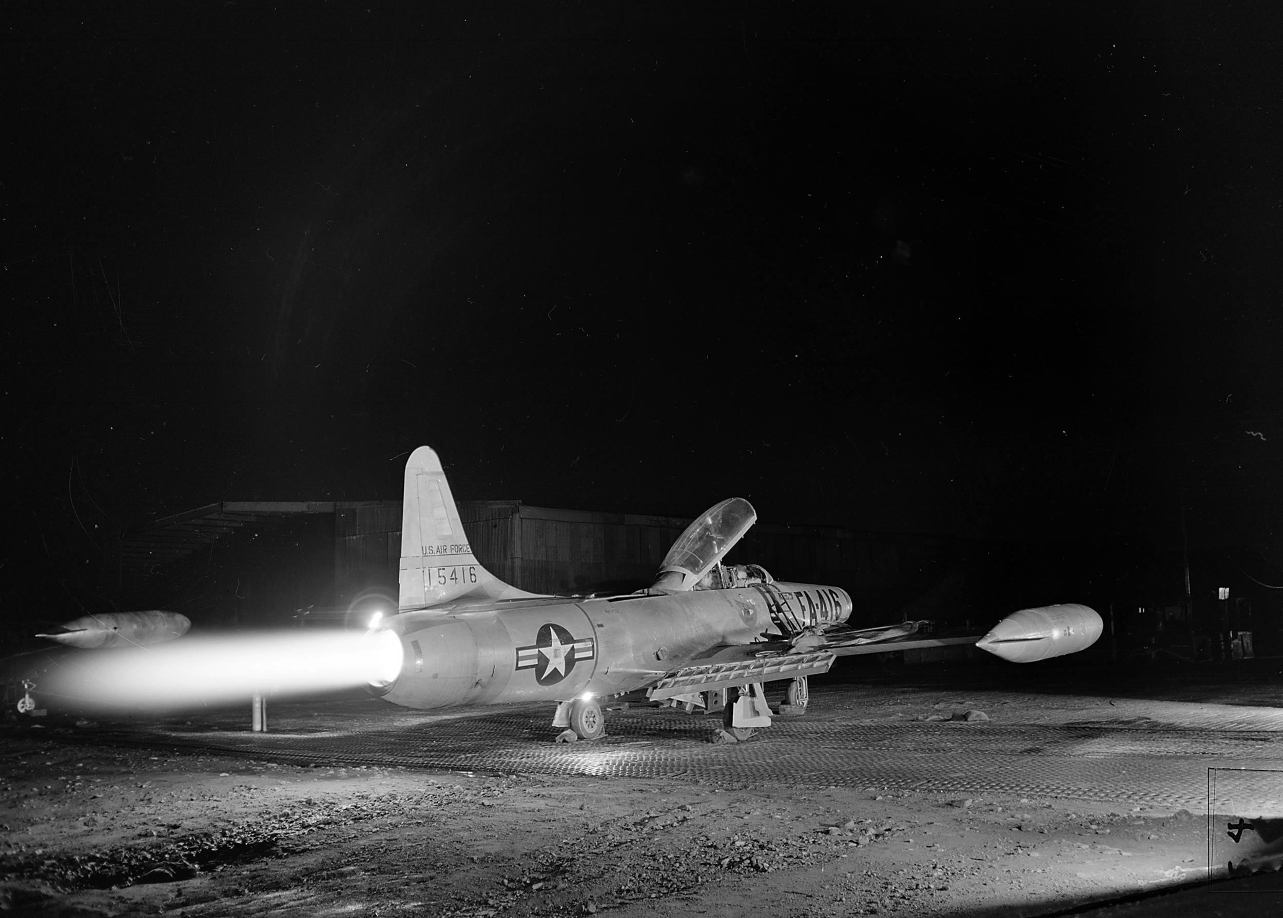 F-94B_319th_FIS_with_afterburner_Korea_1953.jpg