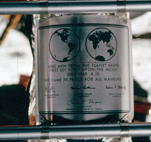 640px-Apollo_11_plaque_closeup_on_Moon.jpg