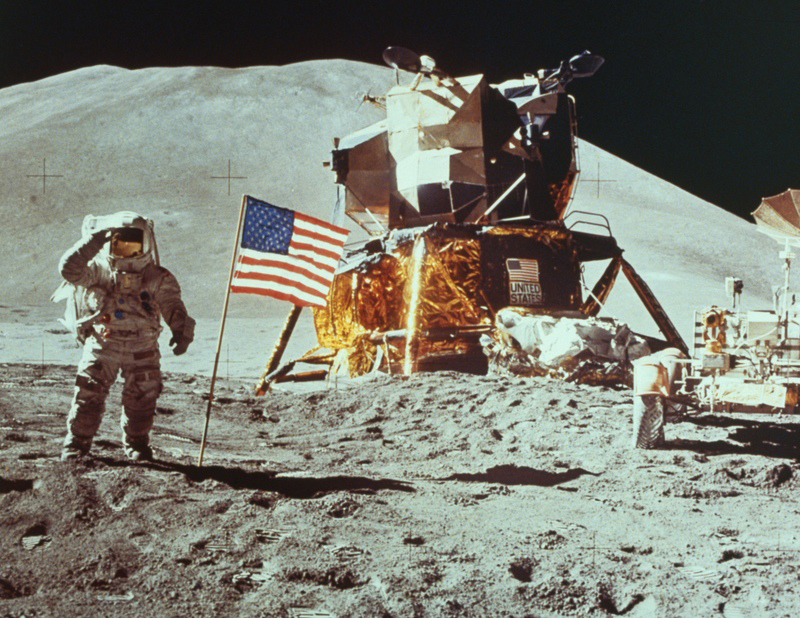 Apollo-11-moon-landing-4.jpg