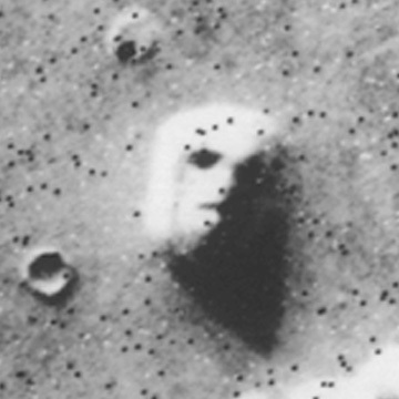 """""""Face"""" captured by NASA satellite in 1976"""