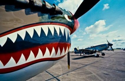 128370-425x278-vintage-aircraft-nose-art.jpg