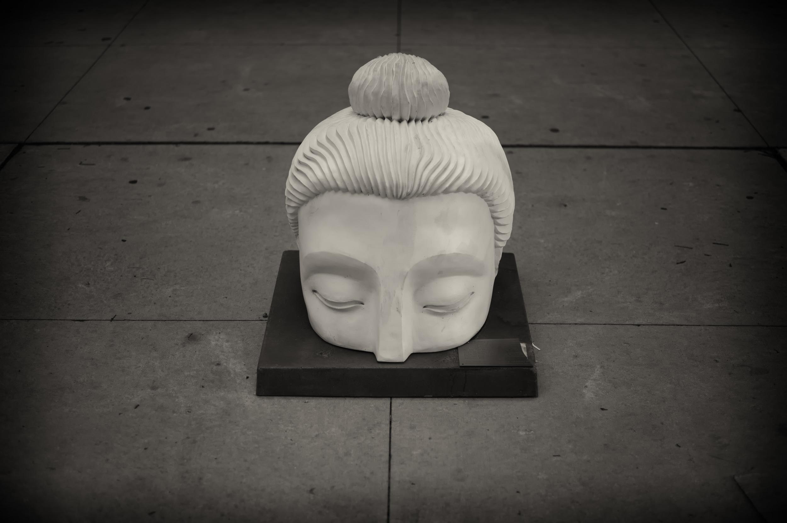 Buddha_Head_Chicago.jpg