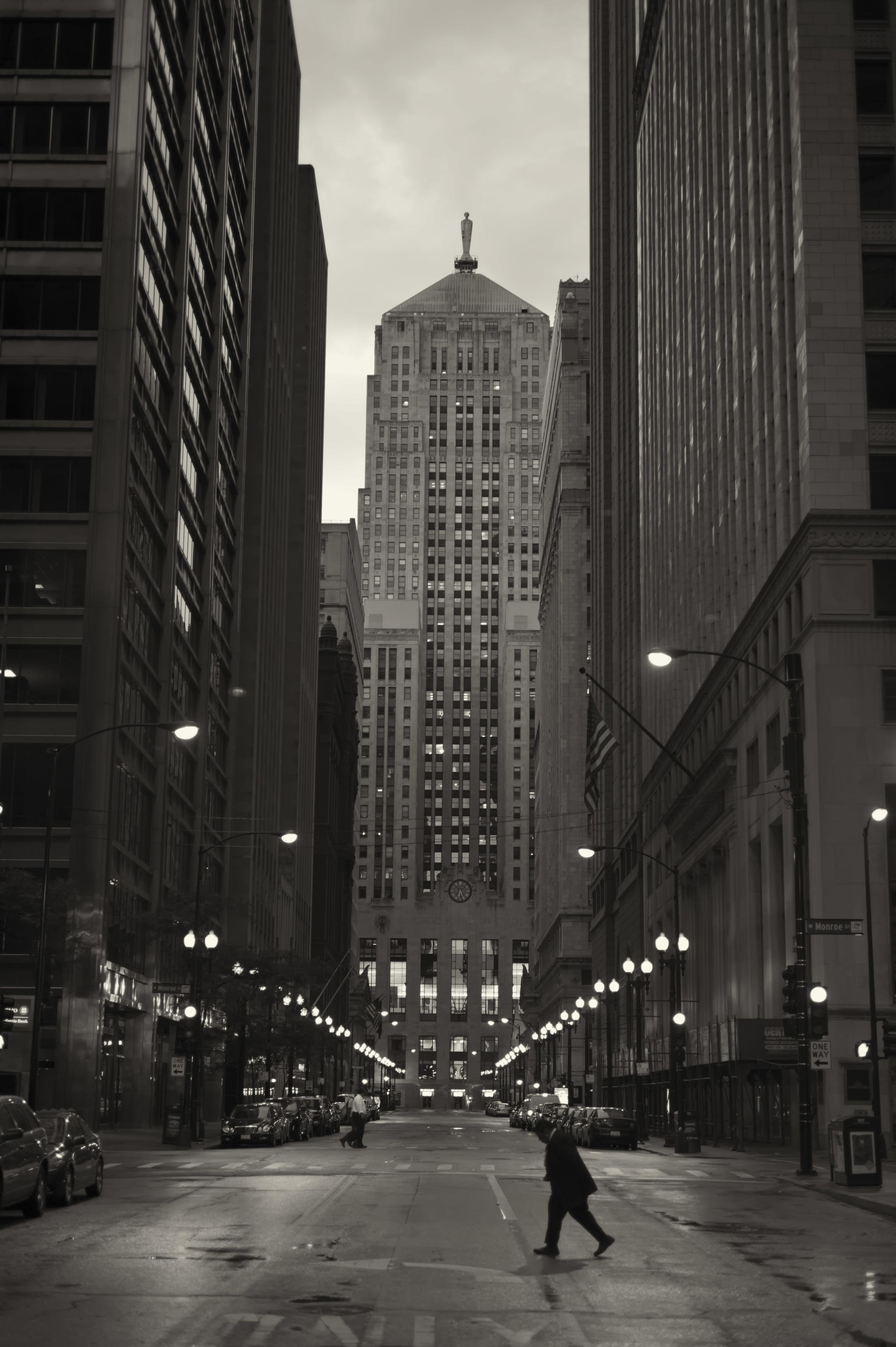 LaSalle_Street.jpg