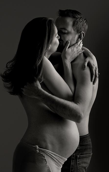 romantic couples maternity portrait