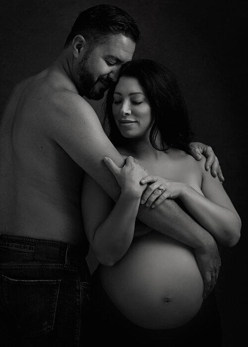 couples maternity portrait