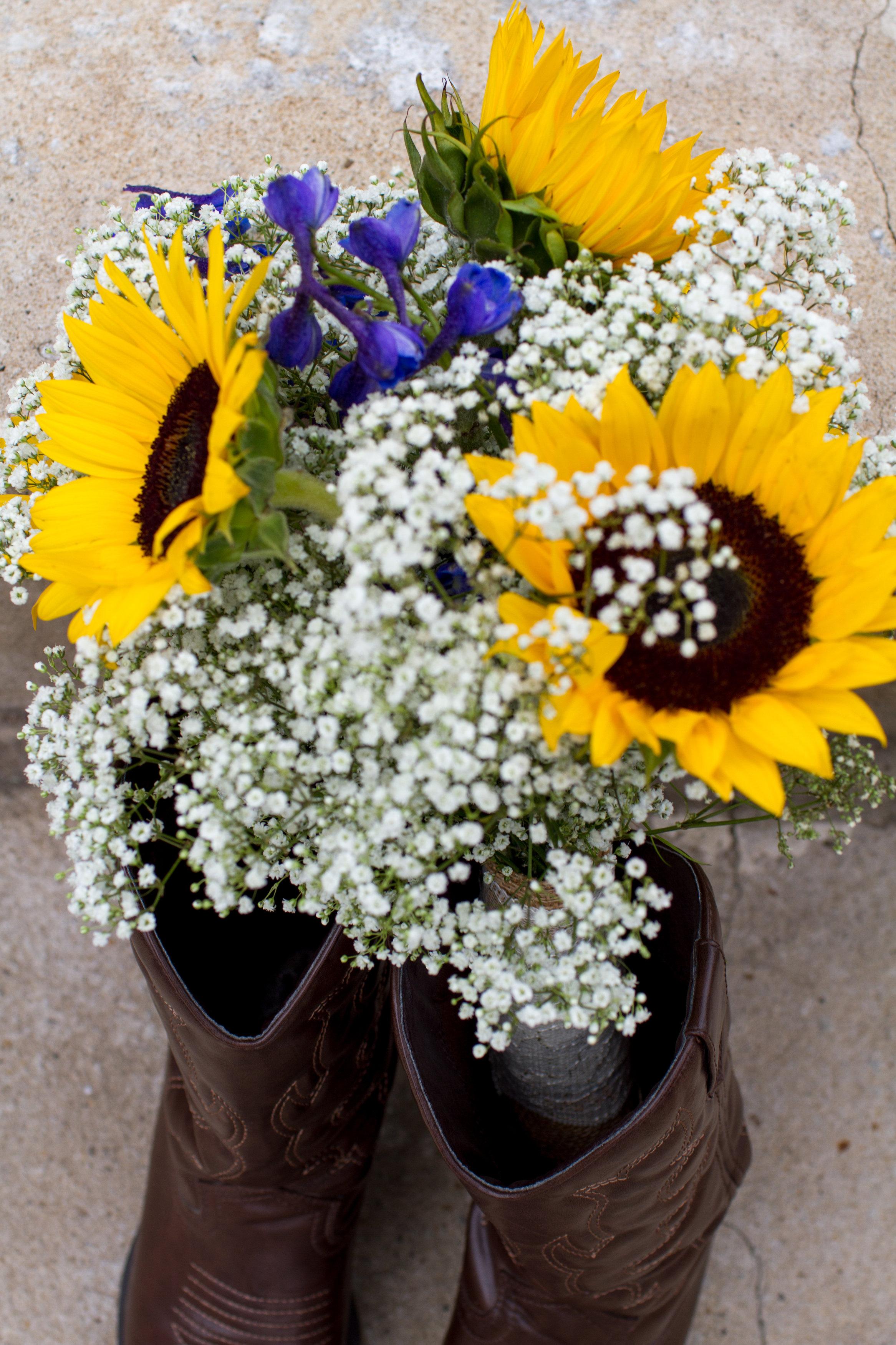 Bridal-brown-cowboy-boots