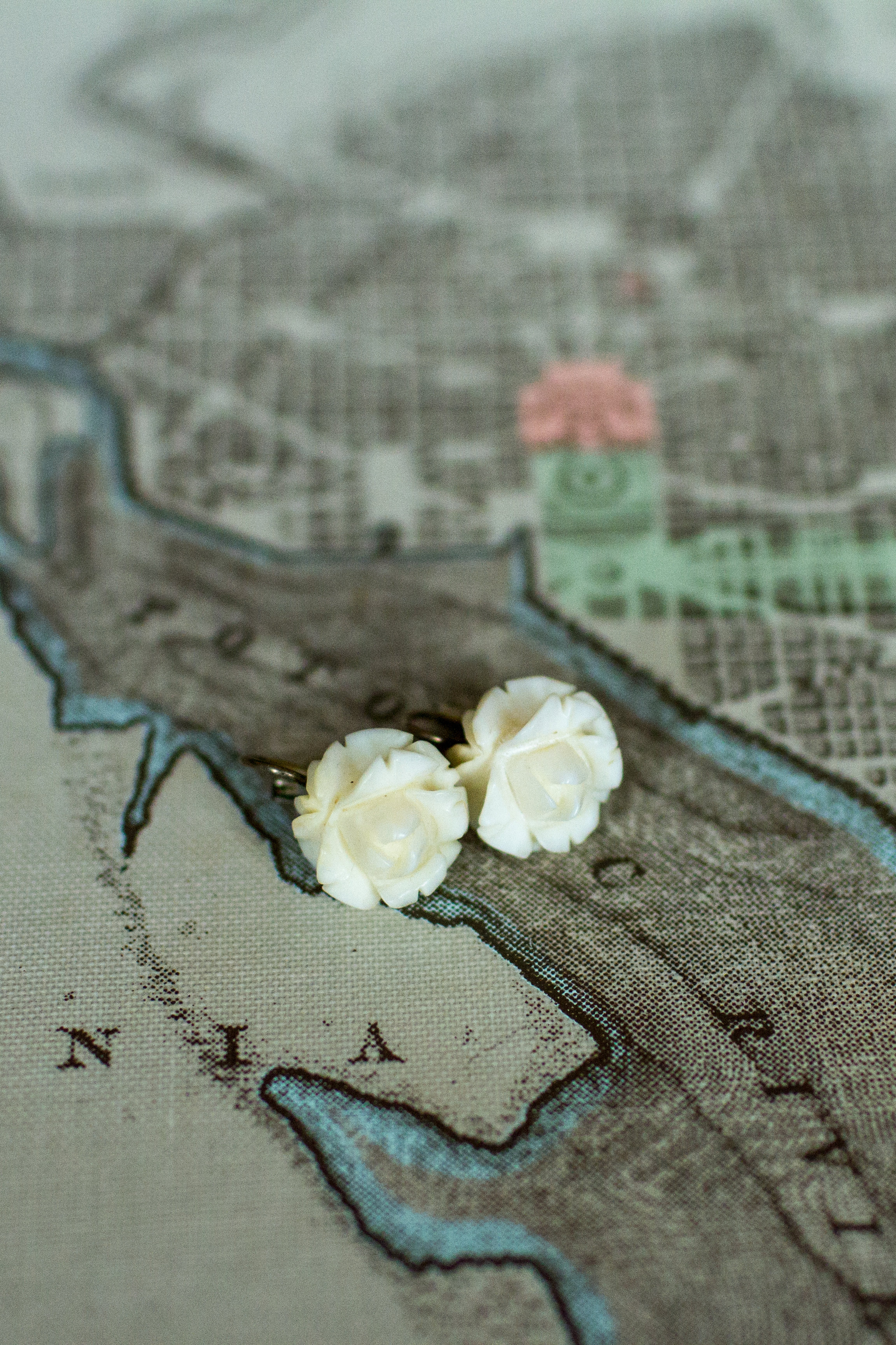 Ivory-bridal-earrings