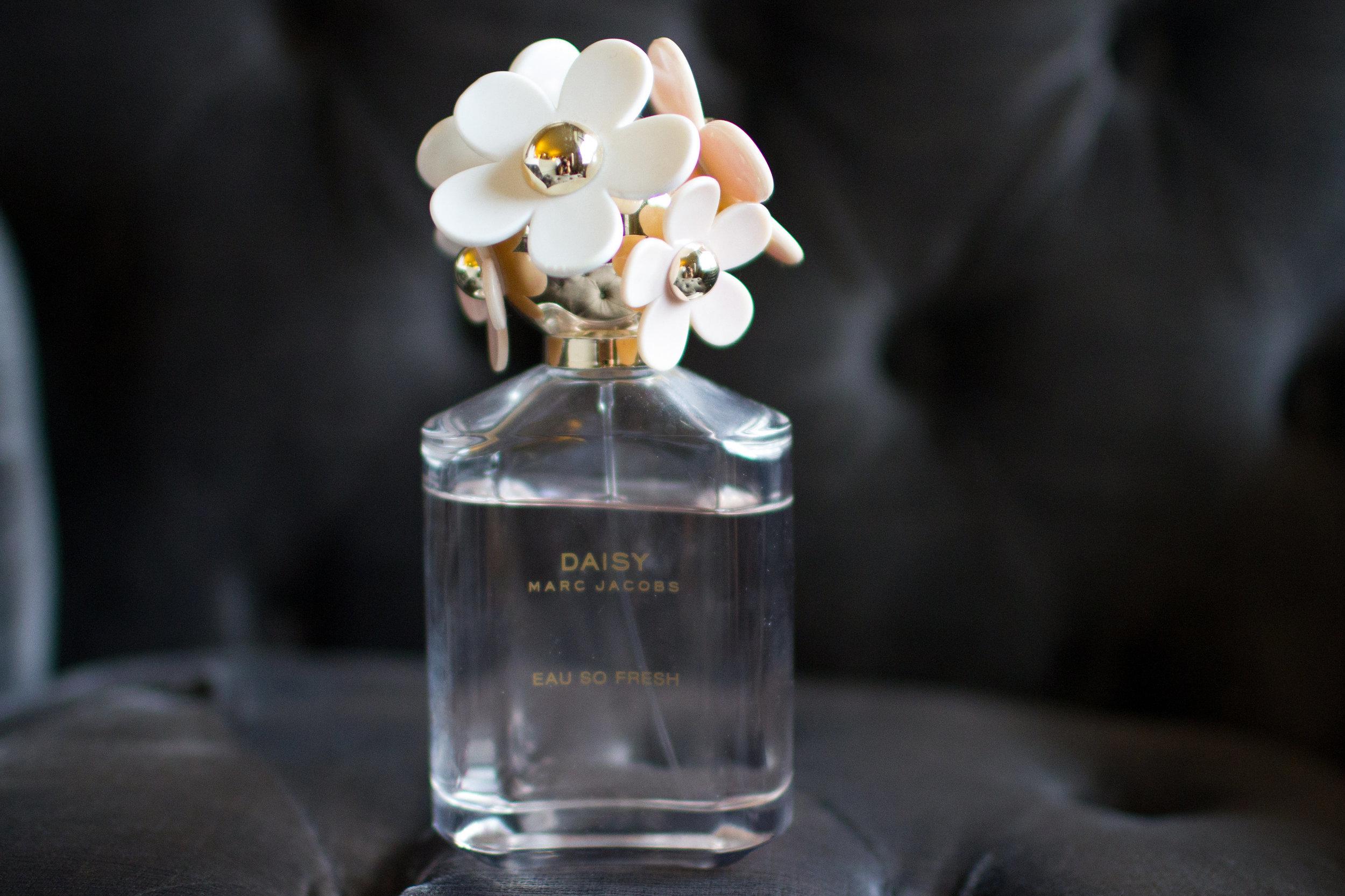 Bridal-Marc-Jacobs-perfume-bottle