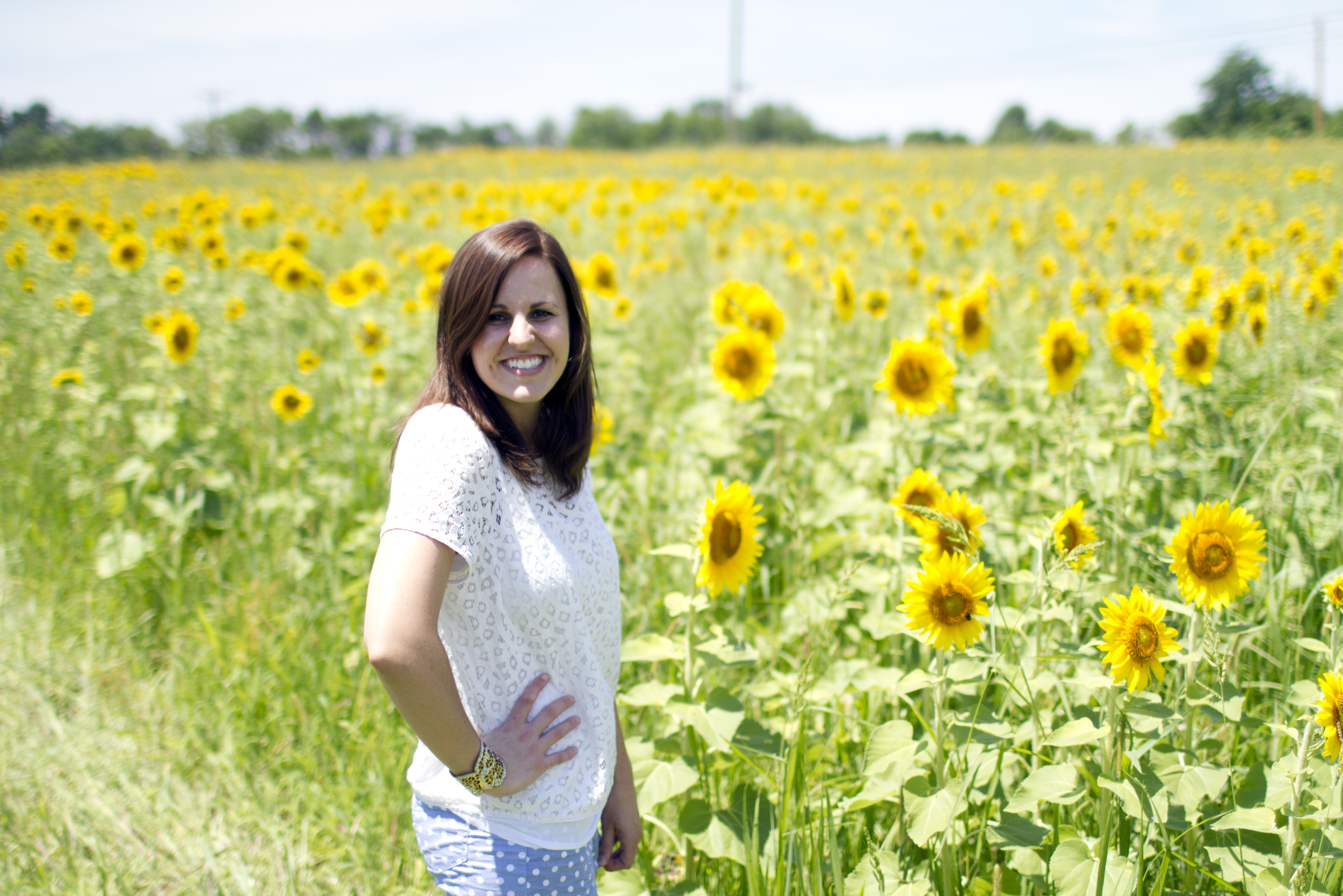 Sun-flower-field-photo-session
